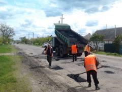На Луганщині триває ремонт автомобільних доріг