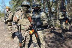 Інструктори Грузії та Ізраїлю проводять навчання з бійцями спецпідрозділів луганської міліції