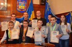 Гордимся героями спорта – итоги 2014 года в Школе гун-фу «Дракон и Тигр»