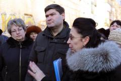 Руководство области встретилось с жителями дома № 17 в Лисичанске