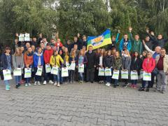 Аграрна партія відправила дітей навчатися за кордон