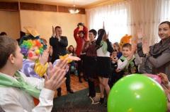 У Лисичанську презентували відремонтований дитячий центр