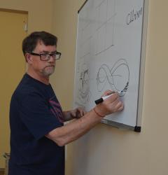 В Северодонецкой публичной библиотеке состоялся мастер-класс для подростков Владимира Цветного