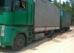 Вблизи Северодонецка грузовик попал в песчаную ловушку
