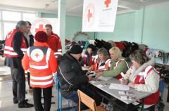 В конце февраля в Северодонецке семьи переселенцев получили вторую часть гуманитарной помощи, предоставленной Красным Крестом Австрии