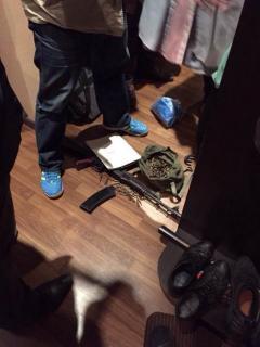 У «оборотня в погонах» изъяли оружие и наркотики