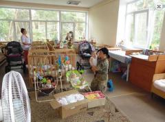 Украинские военные передали гуманитарную помощь от Тернопольской области в Луганский областной детский дом