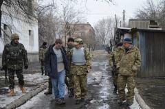 Представники посольства США приїхали на Луганщину, щоб персонально переконатися в порушеннях бойовиками Мінських угод