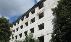 В Лисичанске хотят восстановить заброшенные жилые здания для переселенцев