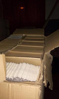 У Луганській області виявили більше 300 ящиків контрабанди із заготовками для виробництва тютюнових виробів