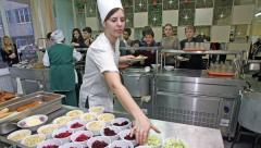 Чиновники Рубежного украли 400 тысяч гривен на поставках продуктов в детские сады и школы