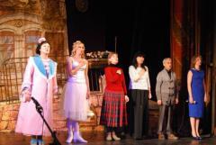 «С востока на запад – театр объединяет сердца»: Луганские артисты выступили в Ивано-Франковске
