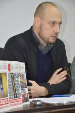 """""""Есть люди в Украине, которым не выгодно, чтобы война заканчивалась"""", - журналист"""