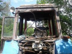 Вблизи села Волчеяровка на взрывном устройстве подорвался тракторист