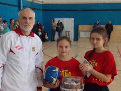 Женский футбол Луганщины: масштабы расширяются