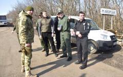 """На Луганщине перекрыты дороги в """"ЛНР"""""""