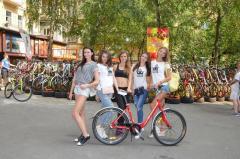 Претендентки Мисс Украина 2015 на открытии первого большого Велохаба в Украине